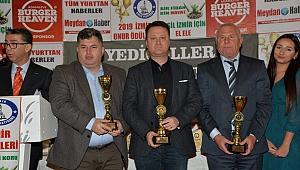 2019 İzmir Onur Ödülleri'nden Başkan Aksoy'a ödül