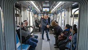 Başkan Soyer, 2019'u toplu ulaşımla uğurladı