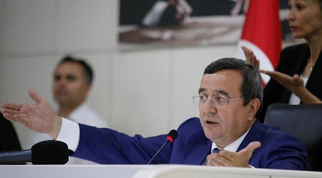Batur'dan Zorlu Konak projesi isyanı: İzmir'in kalbine hançer gibi…