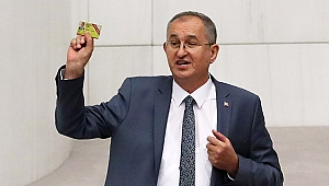 """CHP'li Sertel'den basın kartı çıkışı:""""Gazetecilerin nüfus cüzdanı da iptal edilecek mi?"""""""