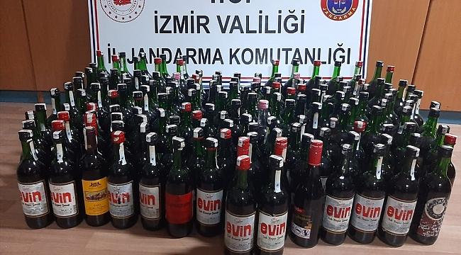 İzmir'de 168 şişe kaçak içki ele geçirildi