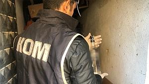 İzmir'de 185 şişe sahte içki ele geçirildi
