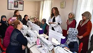 İzmir'de kadınlar Masal Evi'yle hayatını değiştiriyor