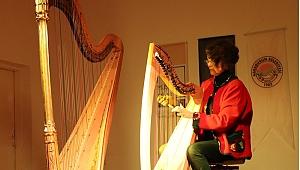 Karaburun'da büyüleyen arp melodileri