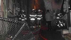 Konak'ta bir evde yangın çıktı: 1 ölü