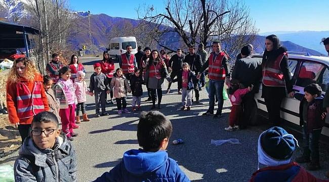Aşkla İzmir Gençlik Gönüllüleri yola çıktı!