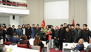 Balçova Belediyesi Meclisine öğrencilerden anlamlı ziyaret