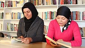 Bayraklı'nın kütüphaneleri hayatlarını değiştirdi