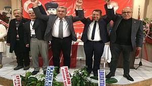 Bergama'da mevcut İlçe Başkanı Canbaz kazandı
