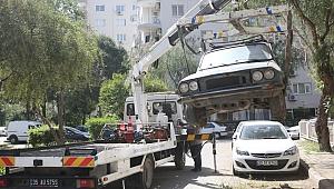 Bornova'da hurda araçlara çözüm 9 ayda 200 hurda araç kaldırıldı