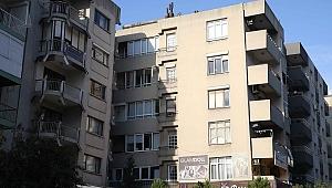 Bostanlı'daki 'yatık binaların' kaderi belirleniyor