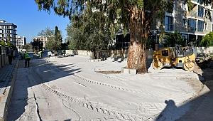 Çiğli'de Yollar Yenileniyor