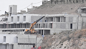 İzmir'de 425 kaçak yapı tespit edildi