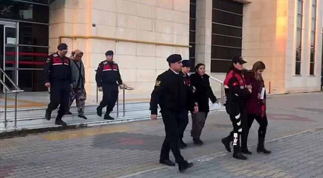 İzmir'de çöpte bebek cesedi bulundu! Anne, anneanne ve teyze tutuklandı