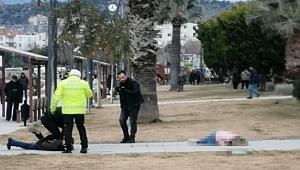 İzmir'de dehşet! Eşini silahla vurdu, başında bekledi