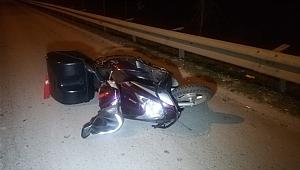 İzmir'de devrilen motosikletin sürücüsü öldü