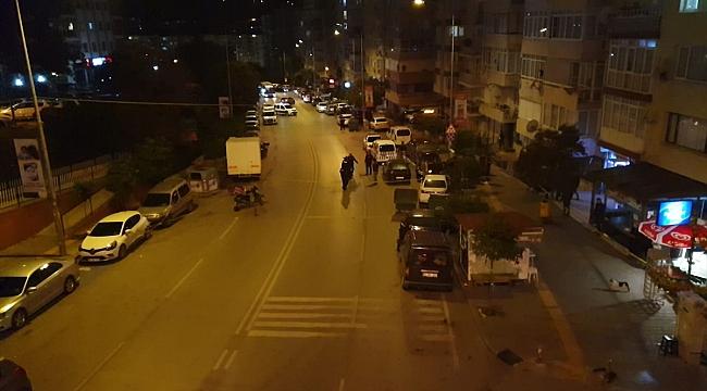 İzmir'de silahlı saldırıda yoldan geçen 2 kişi hayatını kaybetti!