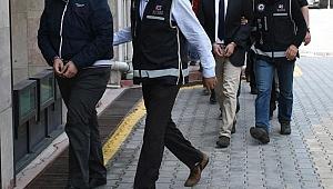 İzmir'de sosyal medyadan terör propagandasına 12 gözaltı