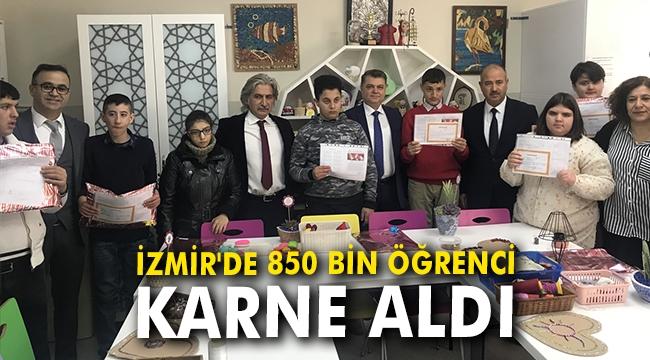 İzmir'de yaklaşık 850 bin öğrenci karne aldı