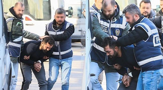 İzmir'deki çifte cinayetin sanığı kendini asarak öldürmek istedi