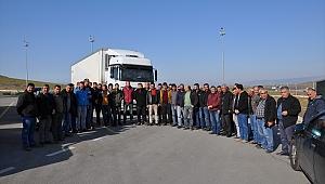 İzmir ve Denizli'de nakliyeciler kontak kapatma eylemi yaptı