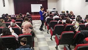 Kadın Danışma Merkezi artık mahallelerde de hizmet veriyor