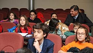 Karşıyaka Çocuk Belediyesi ilk meclisini topladı: Çocuklar 'plastiğe hayır' dedi