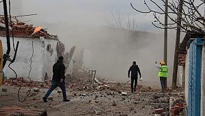 Manisa deprem hasarını tedavi ediyor