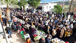 Nergis Festivali'ne ilgi 5 kilometrelik araç kuyruğuna neden oldu