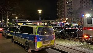 Almanya'da iki kafeye silahlı saldırı