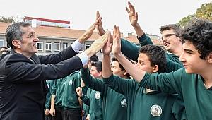 Bakan açıkladı: Liselerde eğitim sistemi silbaştan değişiyor