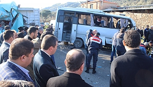 Bergama'da feci kaza: 4 işçi öldü 8'i yaralandı!