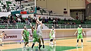 Bornova Belediyespor'dan kritik galibiyet