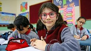 Büyükşehir'den Elanur'a eğitim teşviki