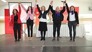 CHP Bayraklı'da Kadın Kolları Başkanı belli oldu