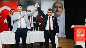 CHP Bayraklı Gençlik Kolları Başkanı'nı seçti