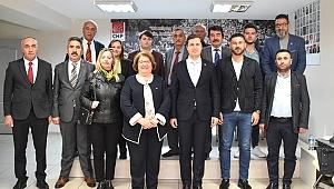CHP Foça'dan Yücel'e ziyaret