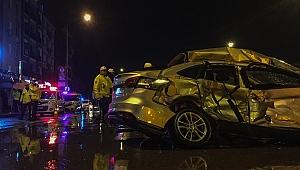 Çiğli'de feci kaza: sürücü hayatını kaybetti