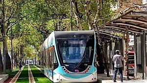 Çiğli tramvayında son adım