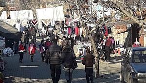 İzmir'in tarihi mahallesi Birgi'ye ziyaretçi akını