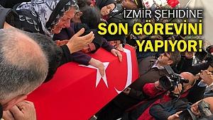 İzmir şehidine son görevini yapıyor