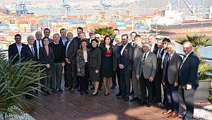 KalDer Ceo'lar ile kahvaltı etkinliği Arkas Holding'de gerçekleşti.