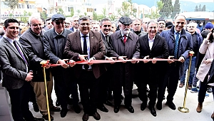 "Kamil Okyay Sındır ""İduğ'u 2020'de görün"""