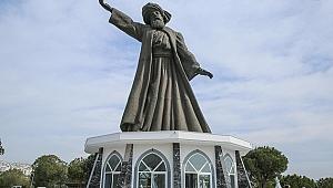 Mevlana heykeli üretici pazarıyla kapılarını açmaya hazırlanıyor