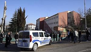 Okul Müdürünü yaraladı intihar etmeye kalkıştı