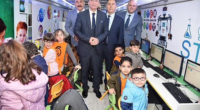 STEMBÜS ile 4 bin çocuğa eğitim