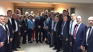 Balkan Göçmenlerinden CHP'ye tebrik ve destek ziyareti