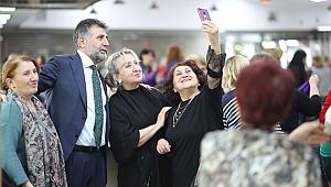 Başkan Sandal, Bayraklılı kadınlarla buluştu