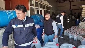 Buca'da kaçak dezenfektan ve maske operasyonu