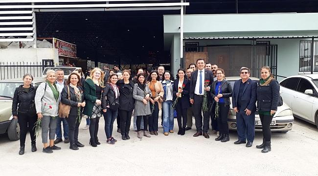CHP Çiğli'de 8 Mart'ı kutladı